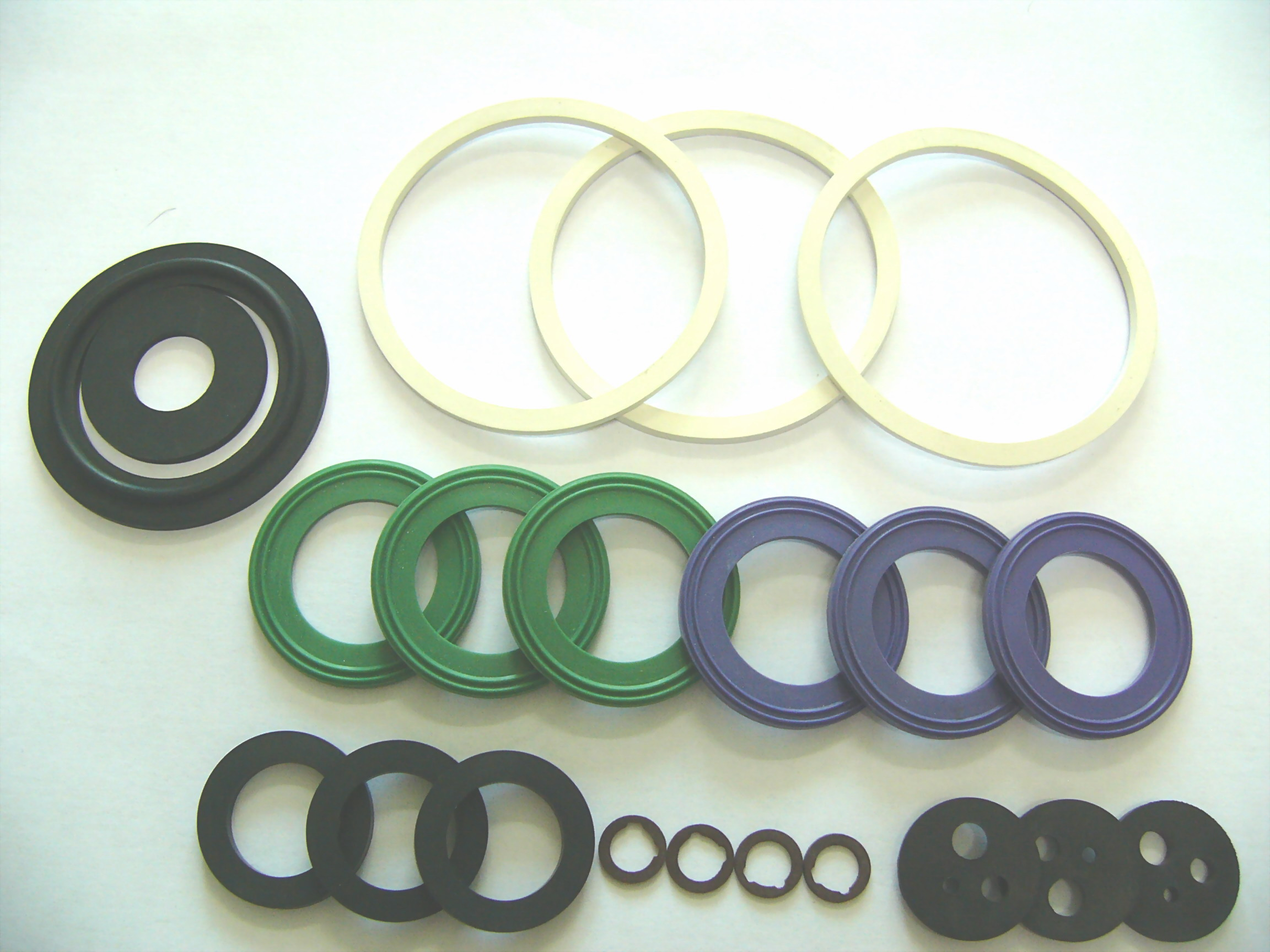 Any shape of molded gaskets is available from New Resources, like gasket strip, sanitary gasket, spiral gaskets and so on, made of variety compound material as below: